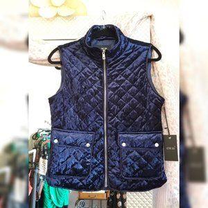 Navy Active velvet quilted pocket vest